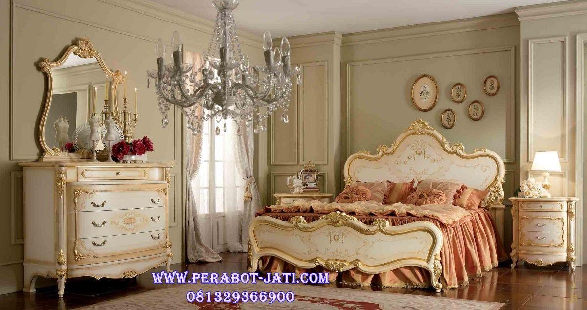 Tempat Tidur Utama Klasik