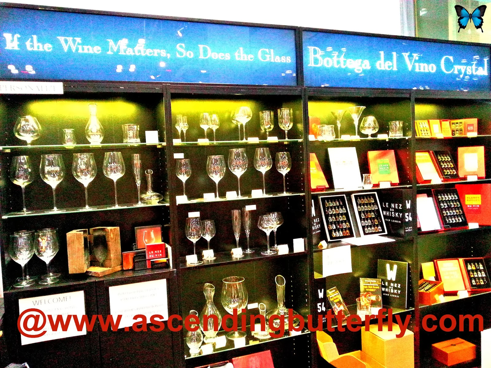 Bottega del Vino Crystal Display Exhibitor Booth at February 2014 NY Now Trade-show