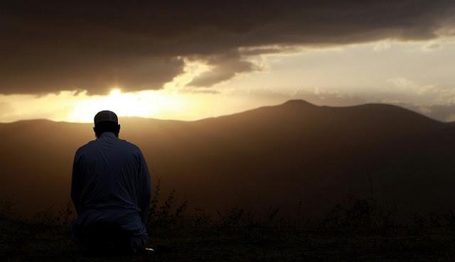 Inilah 9 Jenis Orang Yang Diidolakan Dan Selalu Didoakan Para Malaikat