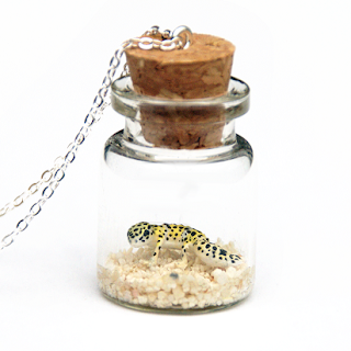 https://www.etsy.com/uk/listing/640182534/leopard-gecko-necklace-animal-lover-gift?ref=shop_home_active_4