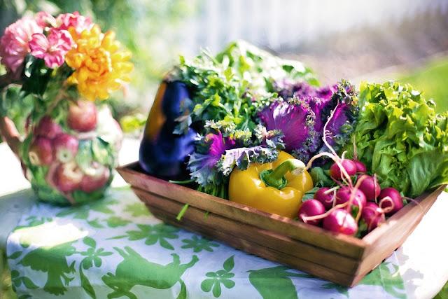 http://www.autoimmunediseasefight.com/2014/10/foods-that-can-cause-inflammation.html