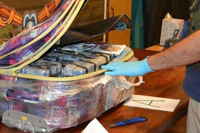 Quase 400 quilos de cocaína pura em malas diplomáticas na embaixada russa de Buenos Aires.jpg