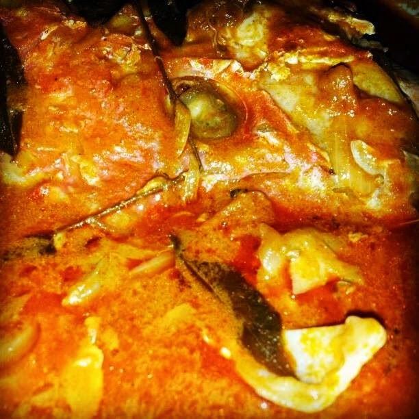 Kari Kepala Ikan Merah