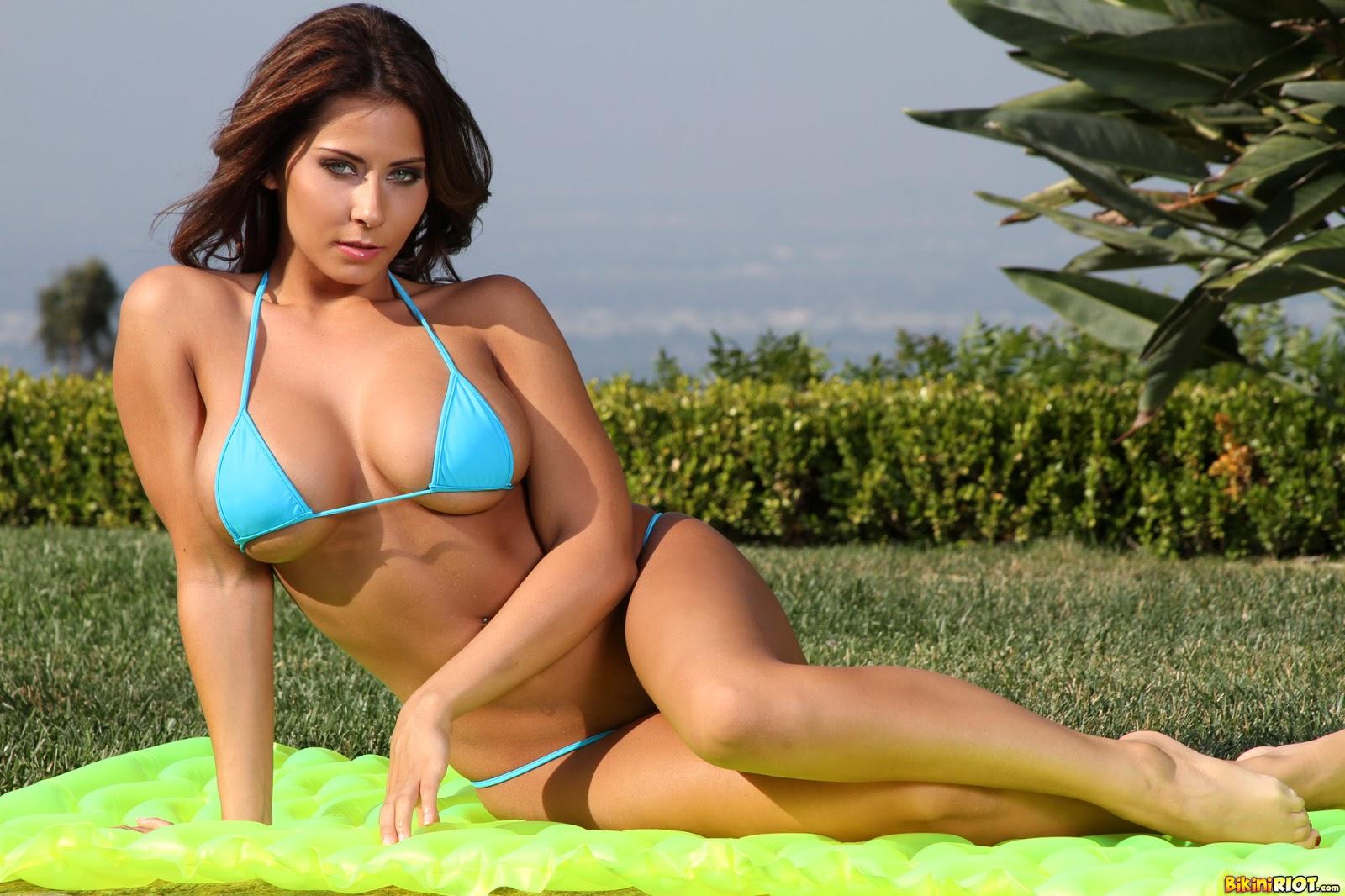 Celebrities Entertainment - Everything About Celebrities: Madison Ivy Sexy New Blue Bikini ...