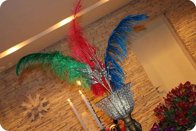 Decoração Baile de Máscaras Veneziano - Aniversário Plumas