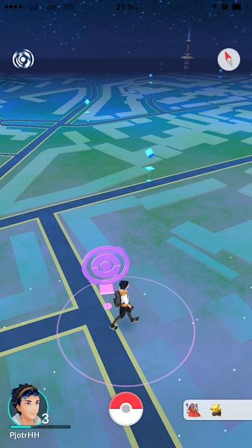 Die Pokémon Go Karte mit dem Avatar, den Straße der Umgebung und einigen Pokéstops drauf.