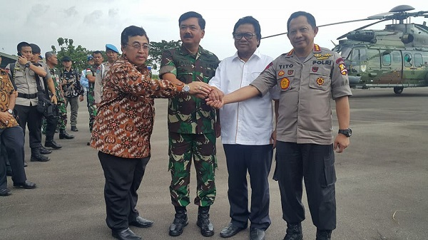 Panglima TNI dan Kapolri Kunjungi Perbatasan di Kalimantan Barat