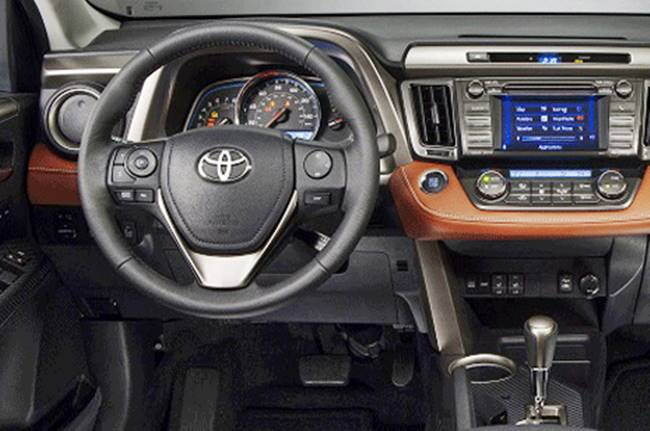 2016 Toyota Rav4 Xle Inside