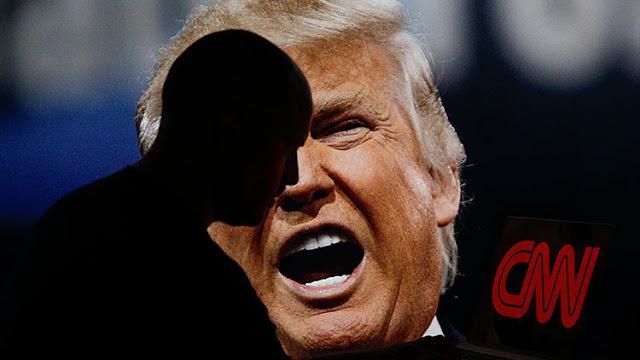 """""""Sois una cadena de noticias falsas"""": Trump arremete contra la CNN"""