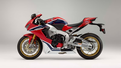 2017 Honda CBR1000RR Fireblade SP left side view