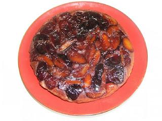 tarta cu prune rasturnata, tarte cu fructe, prajituri cu fructe, retete, tarta de casa, prajitura cu prune, zepter, retete culinare,