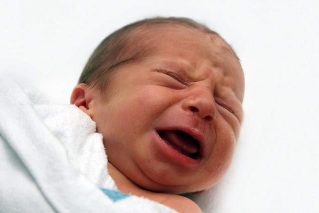 Buat Mama Muda, Ini 6 Hal yang Sebabkan Bayi Terjaga di Malam Hari