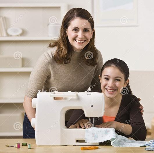 lớp cắt may quần áo gia đình