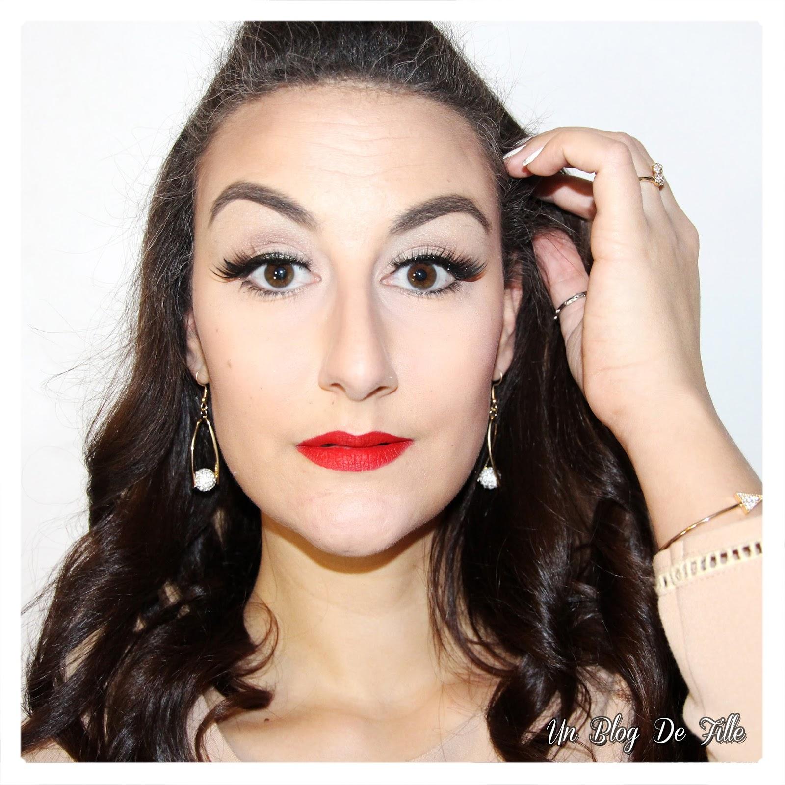 http://unblogdefille.blogspot.fr/2018/01/maquillage-de-fete-paillettes-noires-et.html