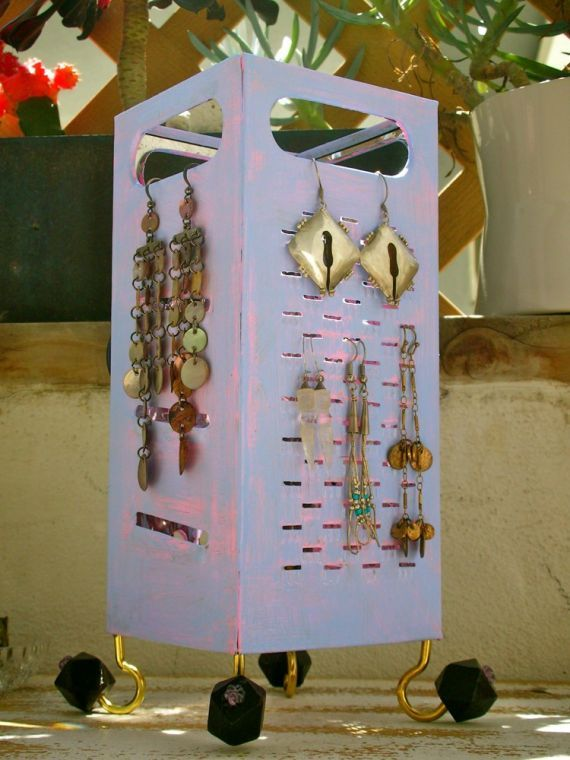 NinjaDiva: DIY - Earring Holder