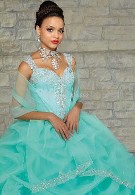 modelos de Vestidos de 15 Años Color Menta