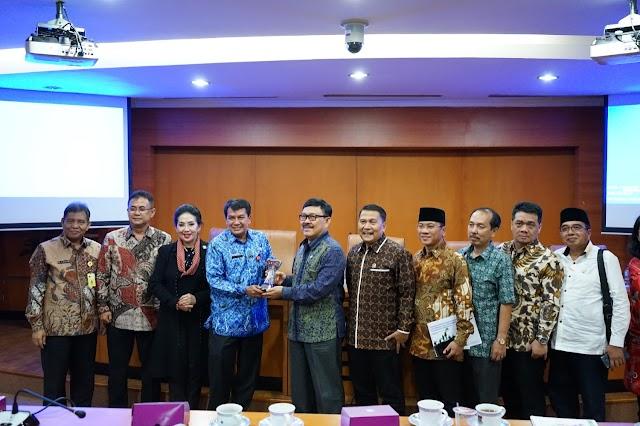 Sekda Terima Kunjungan Kerja Komisi II DPR RI