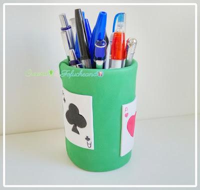 Manualidades-faciles-dia-del-padre-portalápices-reciclado-creandoyfofucheando