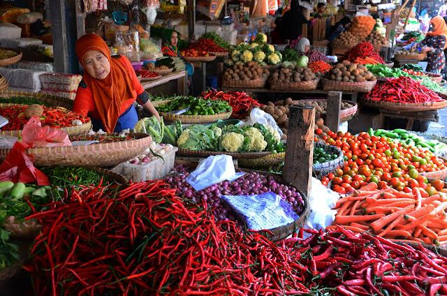 Amalan Amalan Do'a Berikut ini dapat membantu dagangan laris manis dan bisnis semakin lancar sesuai tuntunan dan Syariat.