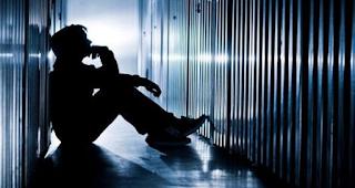 Άτυπη κατάθλιψη: Αυτά είναι τα ύπουλα σημάδια