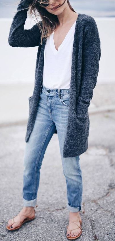 cozy outfit / cardigan + white top + jeans