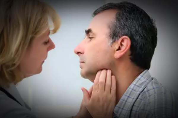 Cara Mengatasi Pembengkakan Kelenjar Tiroid