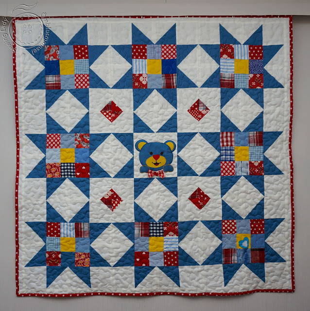 teddy bear quilt, blue patchwotk quilt
