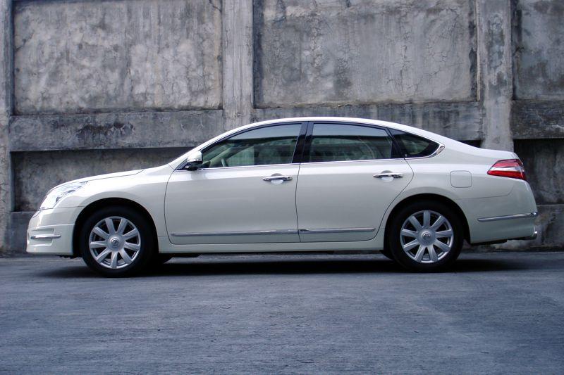 Teana Car Review
