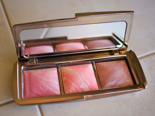 Review: Hourglass Ambient Lighting Blush Palette