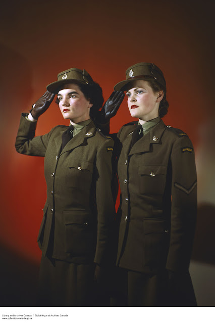 Members of the Canadian Women's Army Corps, Women color photos worldwartwo.filminspector.com