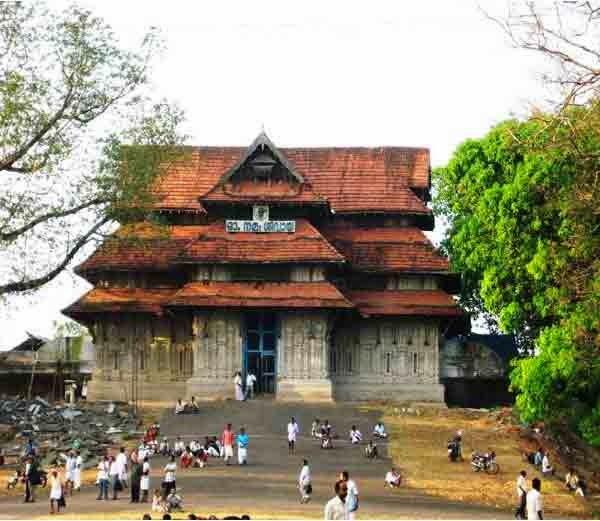 2. थ्रिसुर, महादेव मंदिर (Mahadeva Temple, Thrissur)