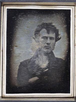 Tren Foto Selfie Sudah Ada Sejak Jaman Dahulu, Inilah 7 Foto Selfie Kuno Paling Terkenal di Dunia