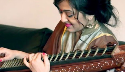 Thalli Pogathey-Achcham Yenbathu Madamaiyada: Veena Cover by OliviaT