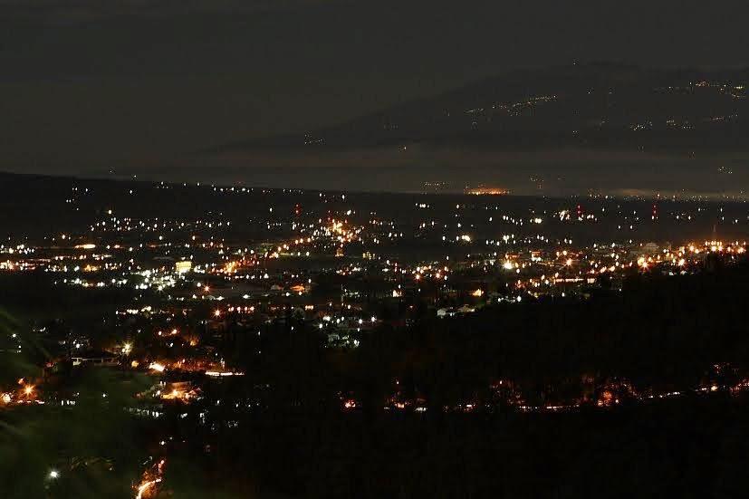 Dimasblogspot Indahnya View Lampu Kota Malang Di Wisata Paralayang Kota Batu