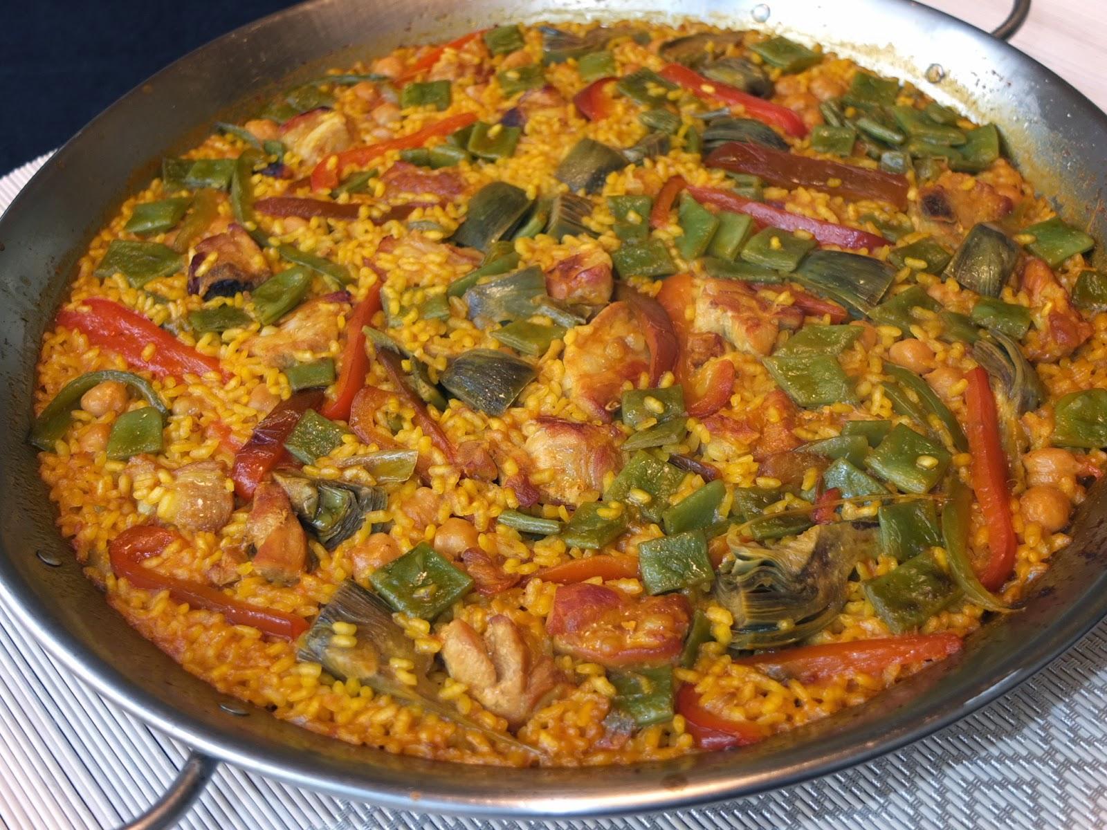 Cocinando Con Lola García Paella De Costillas Y Pimientos