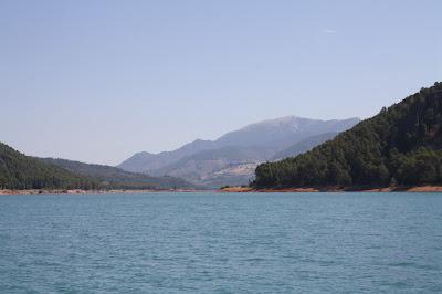 Actividades para ni�os: Paseo en el barco solar por el Pantano del Tranco