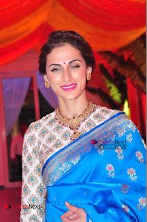 Actress Model Shilpa Reddy Exclusive Stills in Blue Saree at Vijay Karan Aashna Wedding  0015.JPG