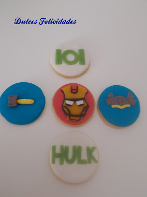 Galletas Avengers fondant