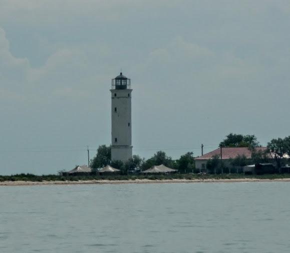 Острів Бирючий. Маяк