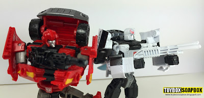 combiner wars ironhide and prowl of omega prime