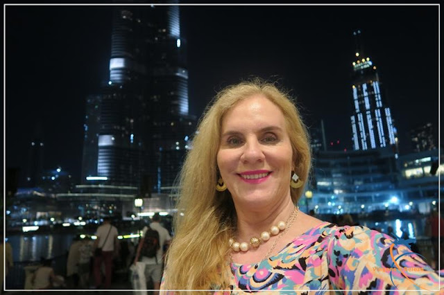 Dubai Mall, em frente ao Burj Khalifa