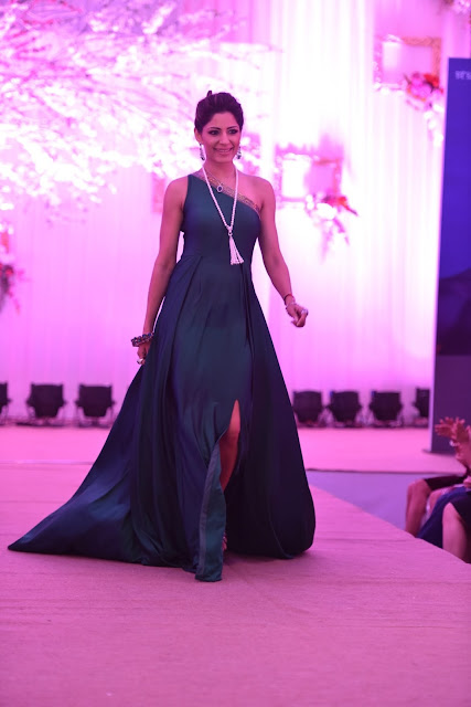 Shonali Soni showcasing Shaze collection