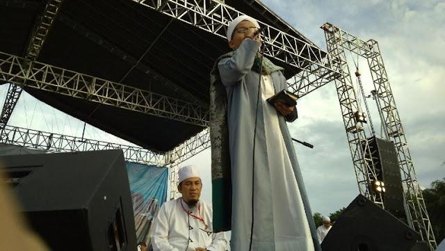 Tangisan Rasyid, Hafiz Cilik Ketika Membaca Alquran di Reuni 212