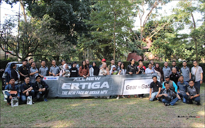 Foto bersama awak media dan all crew NJS Jawa Barat di Maxi's Resto Ciumbuleuit, Bandung