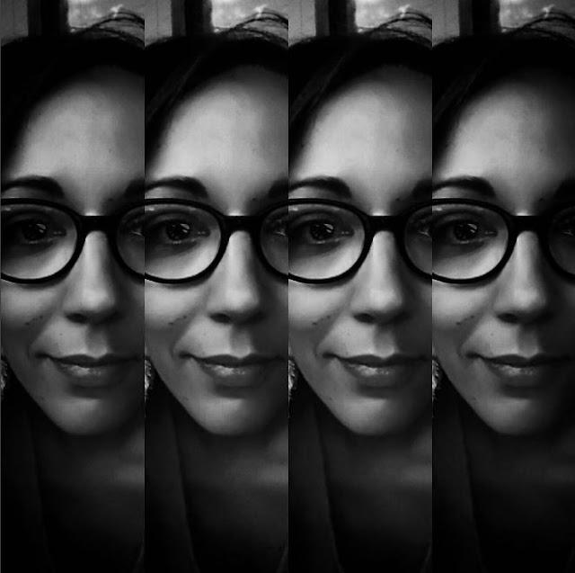 selfie, me, black and white, bnw, noir et blanc, portrait, photographie, photo, photography, love, amour, blog, french, france, paris, lunettes, glasses, photographer