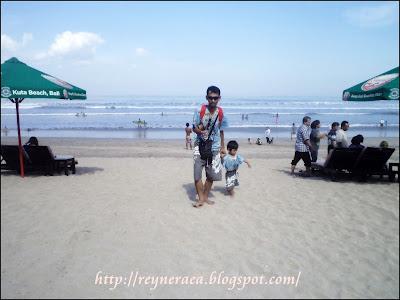 pasir di pantai Kuta Bali