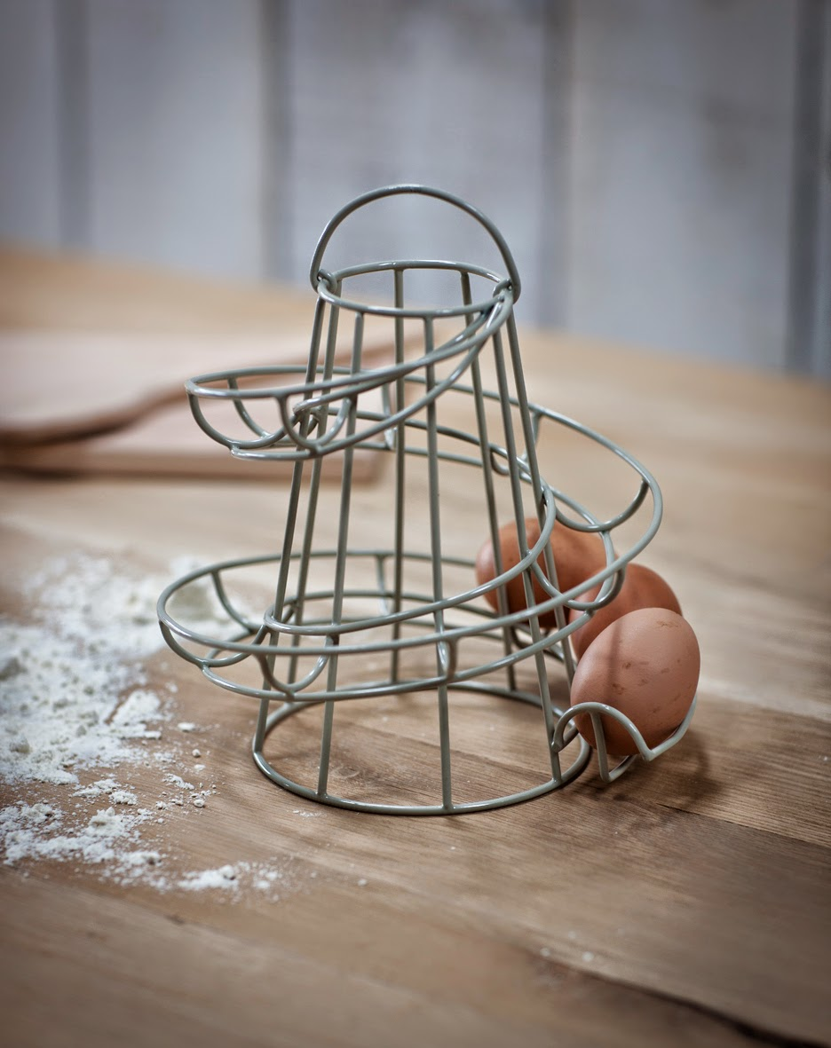 Storing eggs in the kitchen