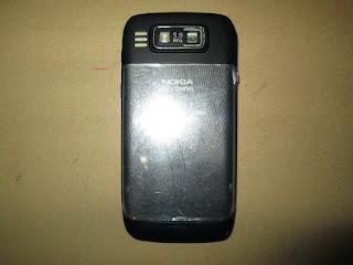 hape seken Nokia E72