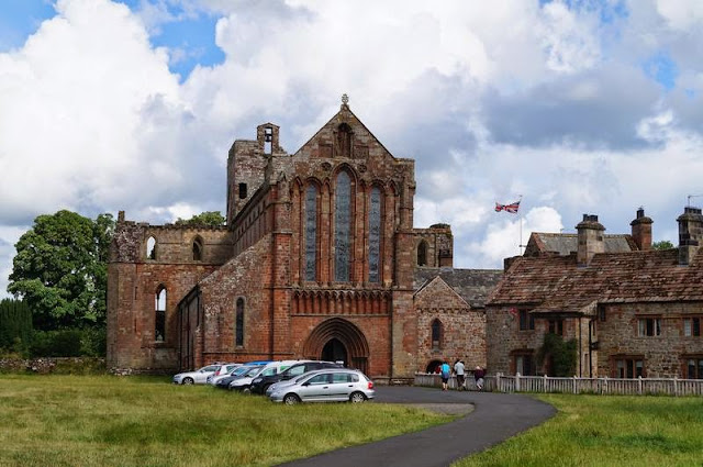 lanercost priory, monasterio inglaterra, agustiniano, muro adriano, cumbria