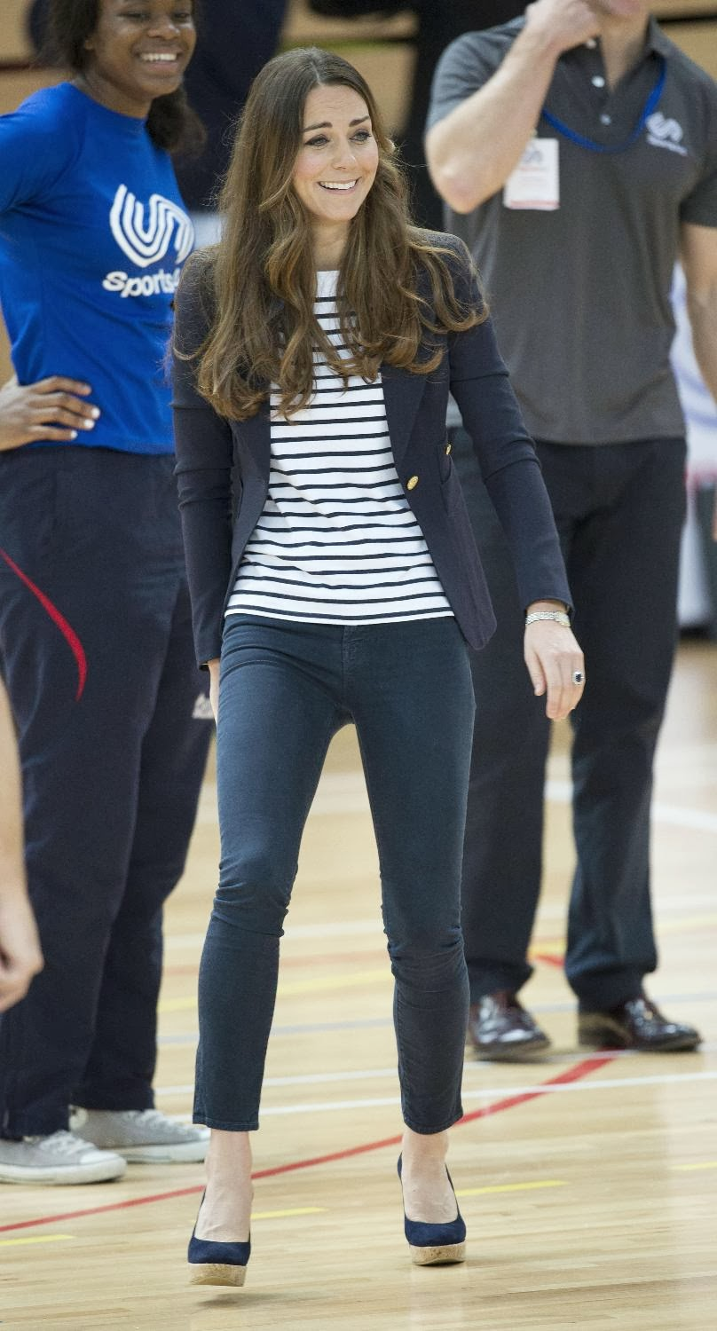 Kate Middleton Showing Bra While She Is Playing Volleyball -6395